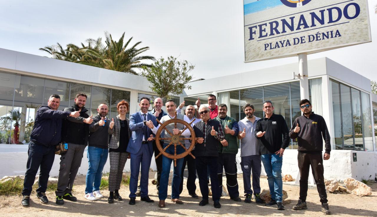 El Restaurante Fernando, agradeciendo la lalbor de Seguros Javier Seguí y del resto de empresas reparadoras